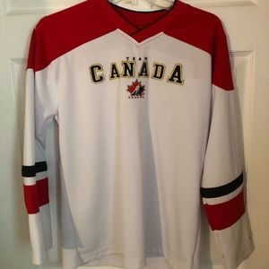 3/30$ Nike Team Canada Youth Jersey